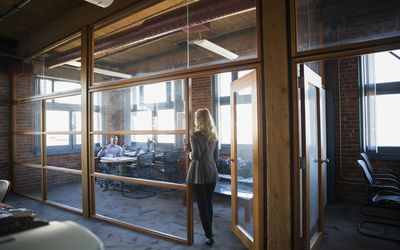 What Does Having an Open Door Policy at Work Mean?
