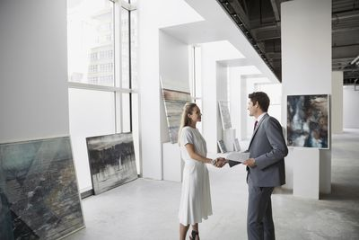 How to Curate an Art Show With Simple, Easy Steps