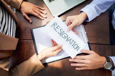 how do you write a resignation letter amid a scheduling conflict