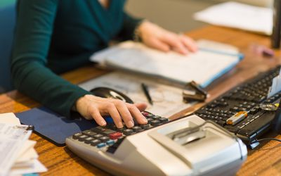 The Difference Between A Bookkeeper And Accountant Medical Job