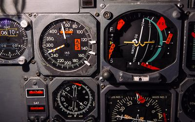 6 Flight Instruments Pilots Need to Know