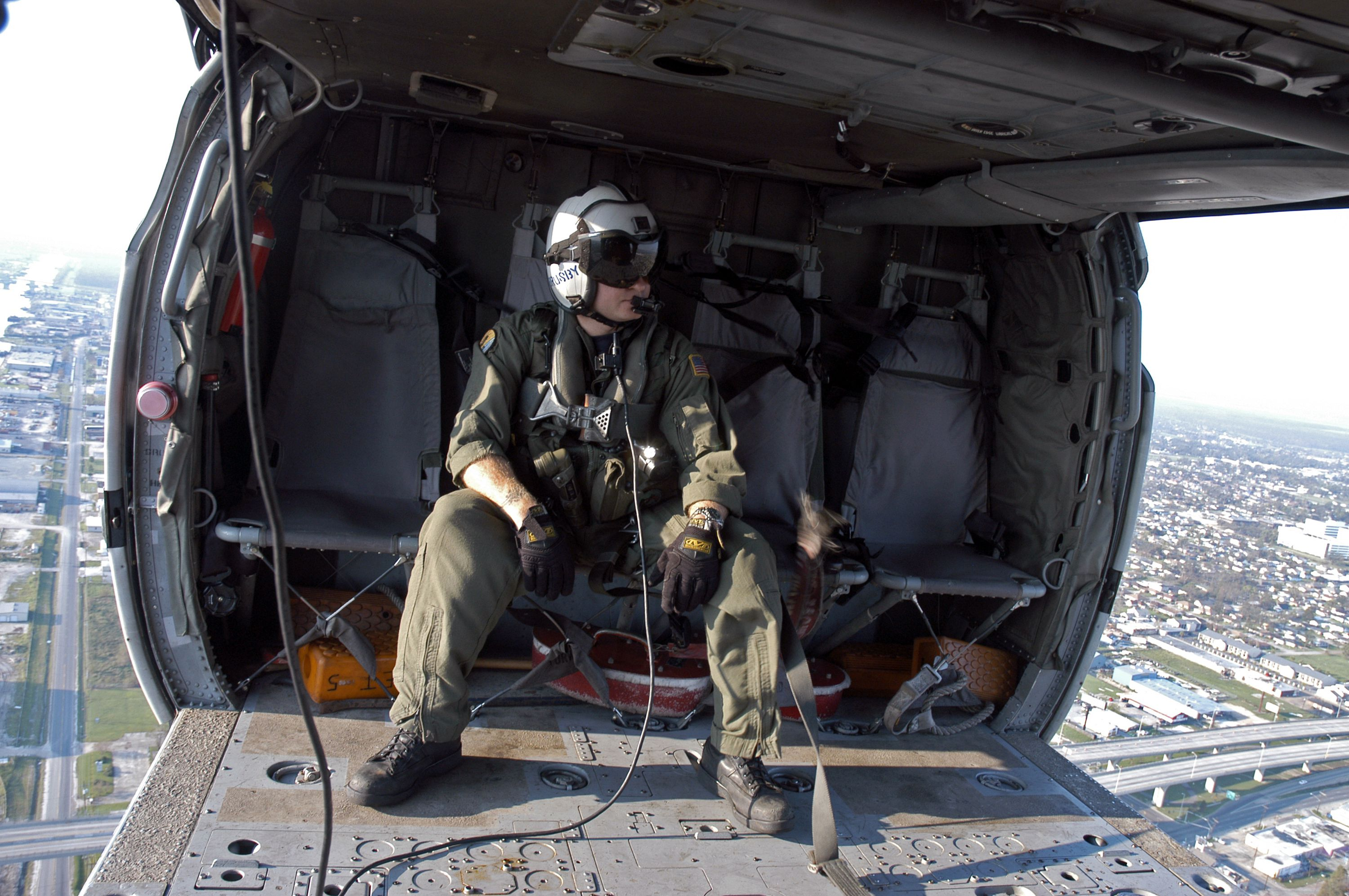 Electrician New Orleans >> Navy Job: Aviation Electrician's Mate (AE)