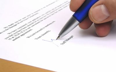 the best ways to close a business letter