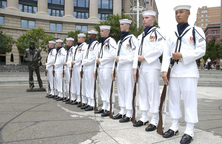 The Us Navy Ceremonial Guard