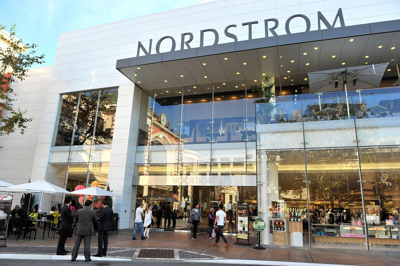 Nordstrom And Macys Give Investors Little Hope For A