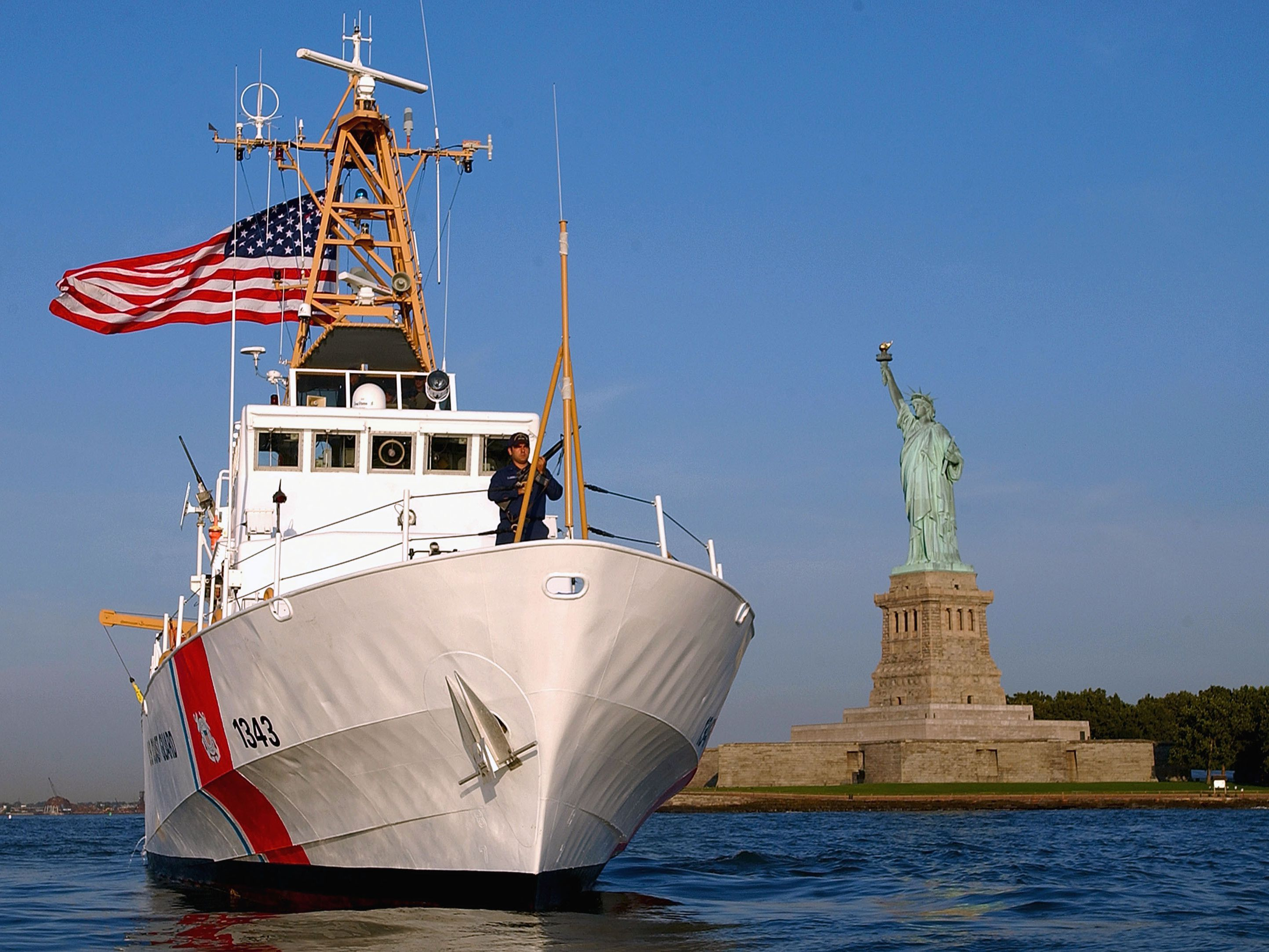 Pros and Cons of Enlisting in the Coast Guard