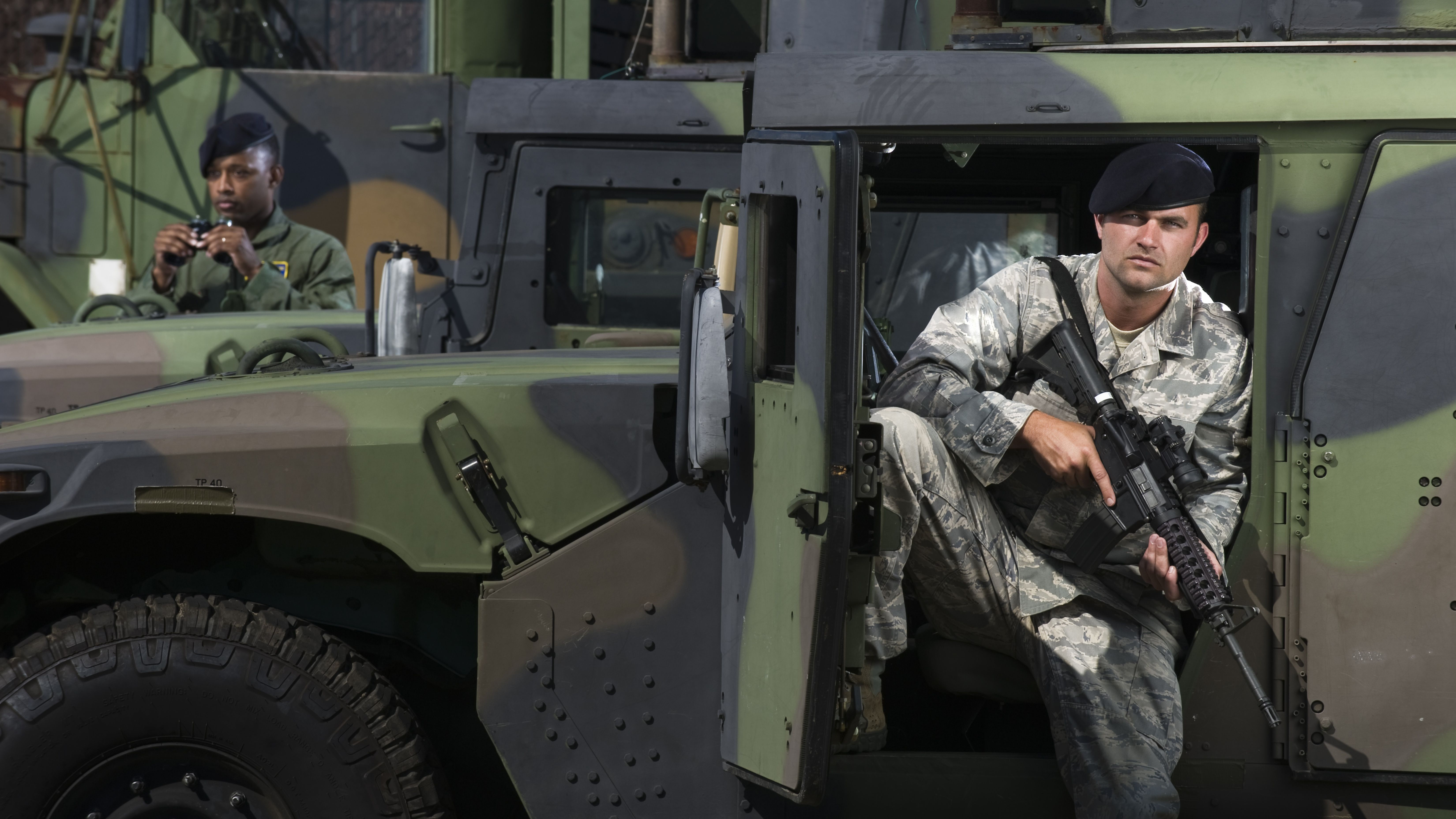 Become an Army Internment/Resettlement Specialist (31E)