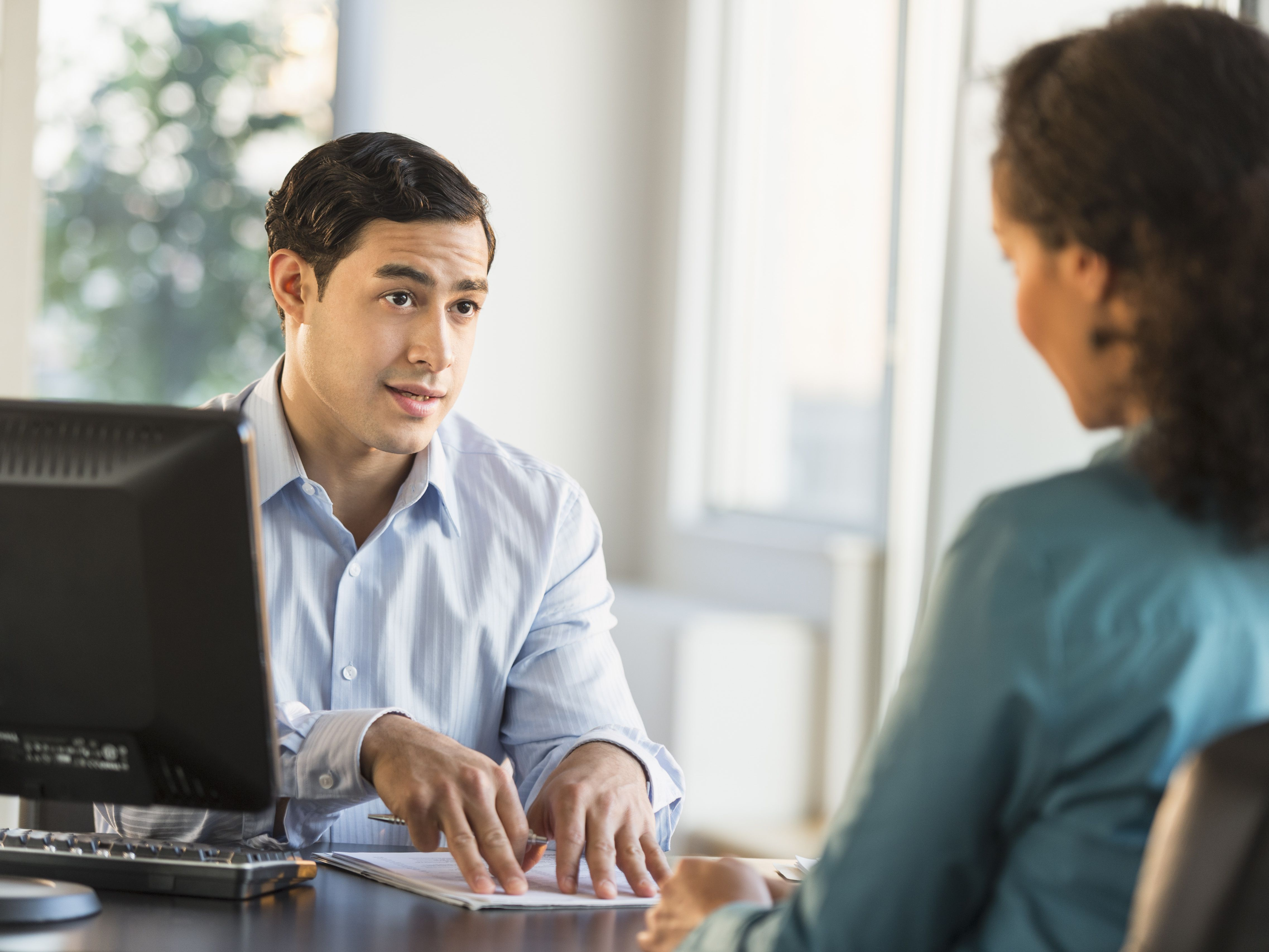 How to Answer Job Interview Questions About Multitasking