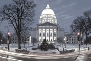 Reflecting Madisons Changing Capitol >> Reasons Why You Should Work In A State Capital City