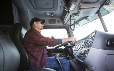 How to Complete a Truck Driver Log Book