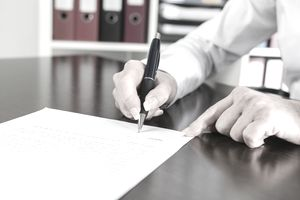 signing a business letter