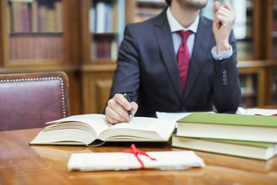 Style Guides for Lawyers beyond the Bluebook