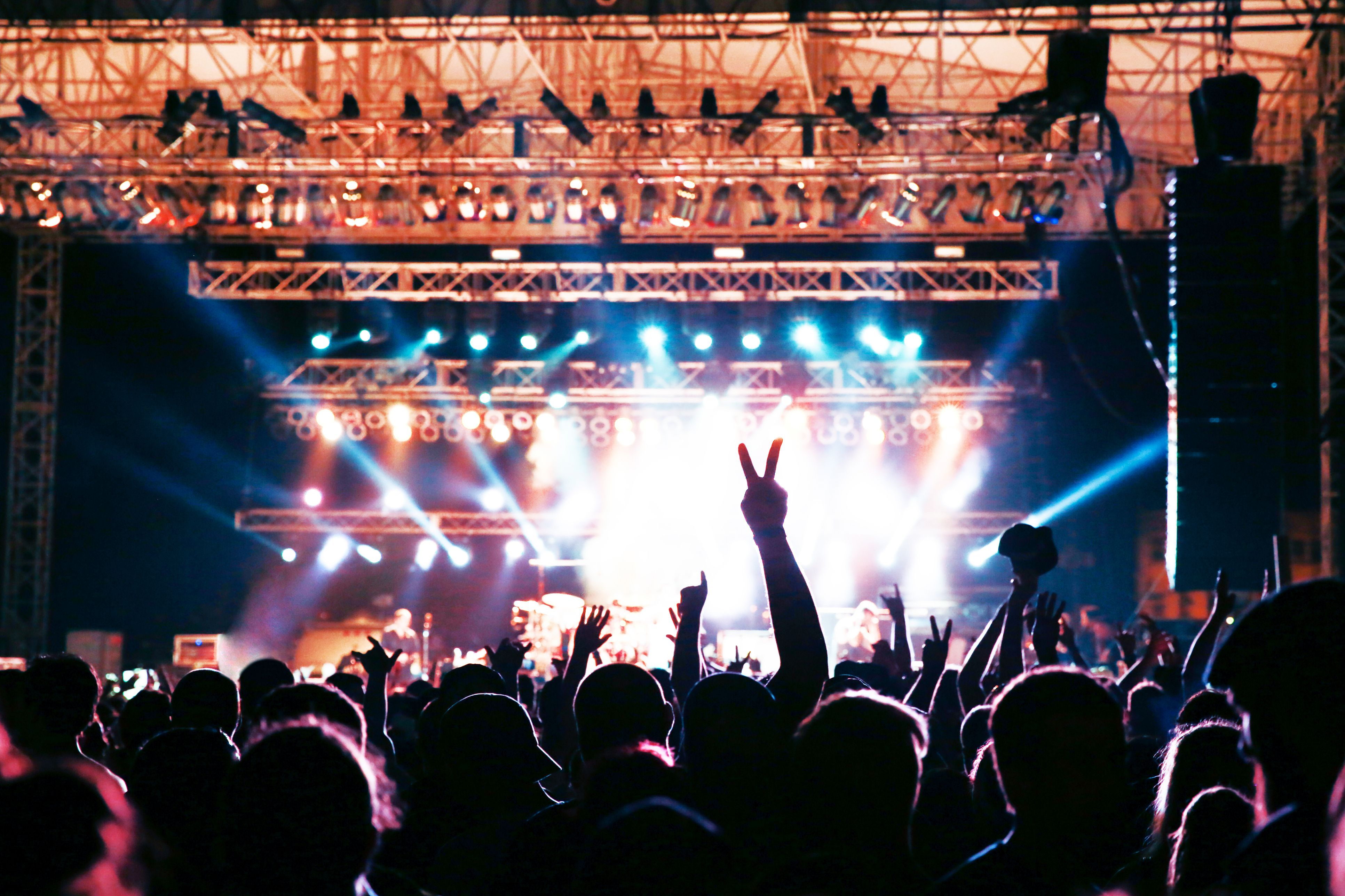 Learn How To Book A Venue For Music Gig