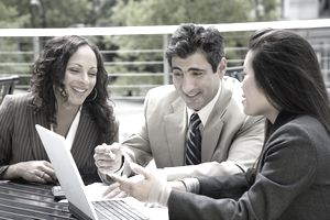 Recruiting employees involves developing a candidate pool through marketing and using technology assistance.