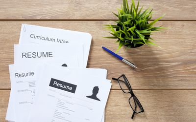 How to Write a Resume Headline With Examples