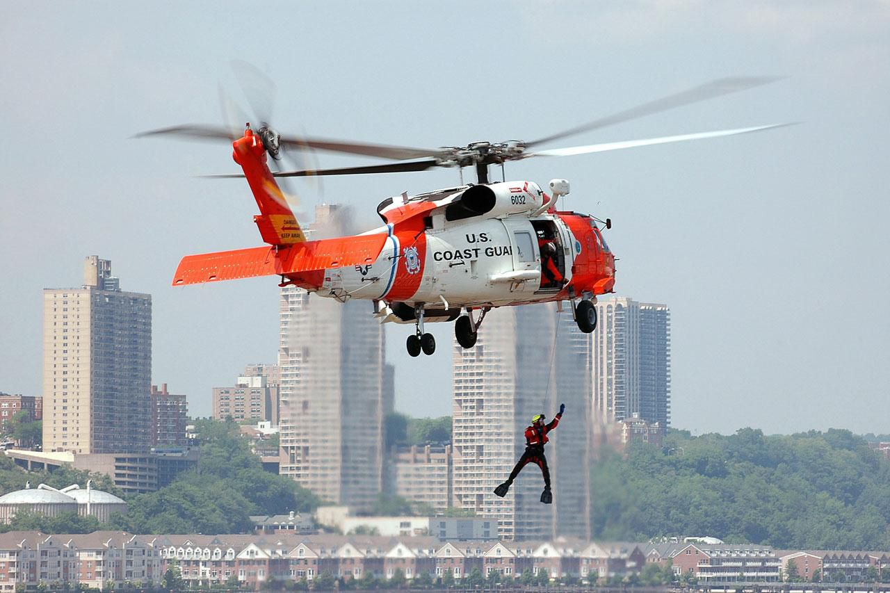 coast guard rescue swimmer training