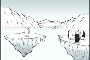 Extroverted and Introverted penguins on icebergs