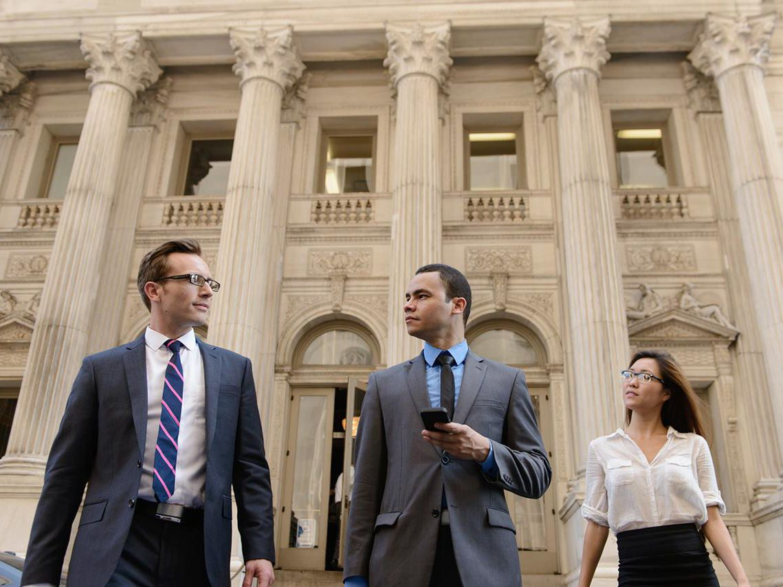Know These Tips Before Selecting Any Lawyer