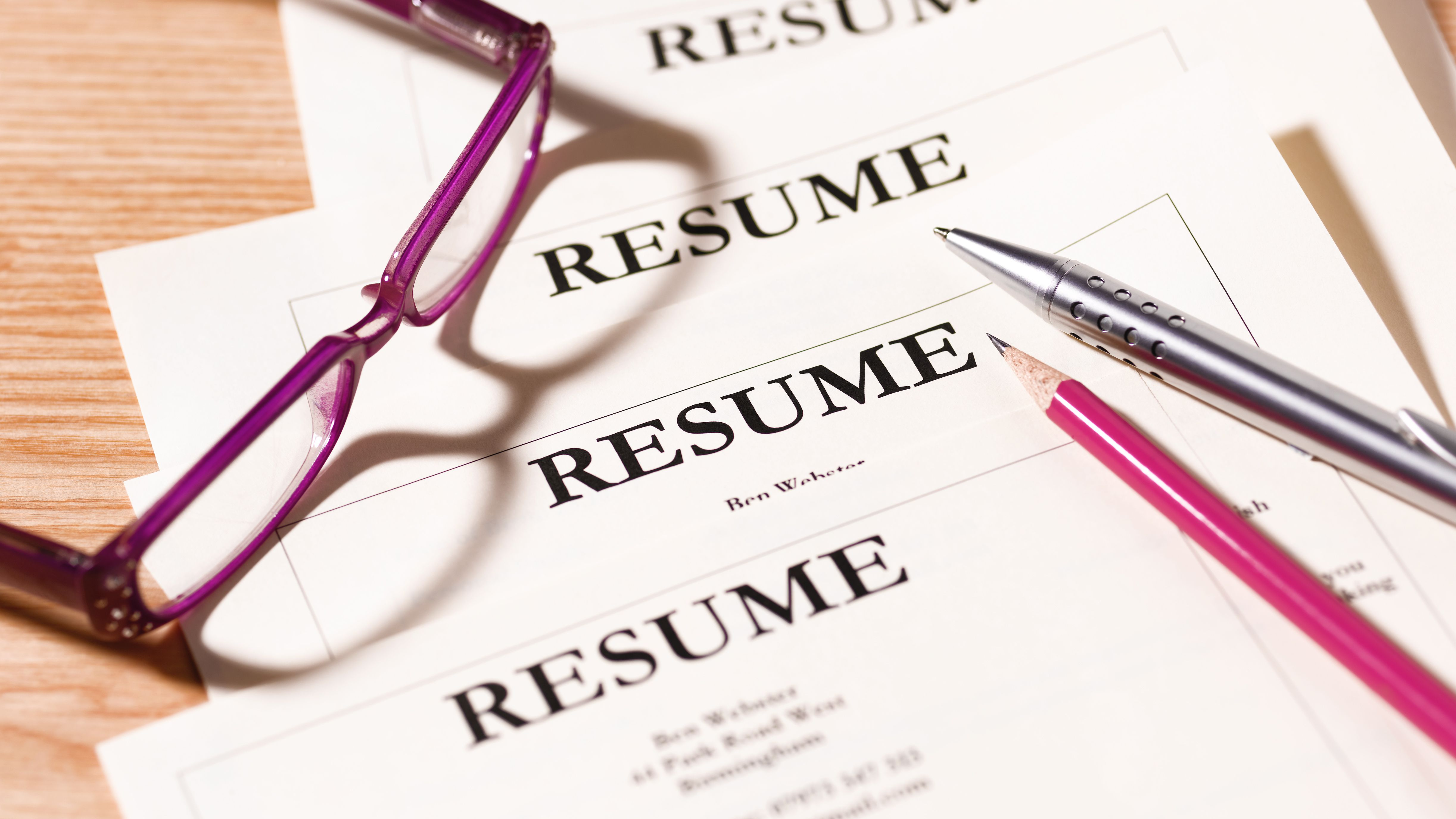 What Overused Resume Phrases >> 30 Good Resume Words To Include And Avoid
