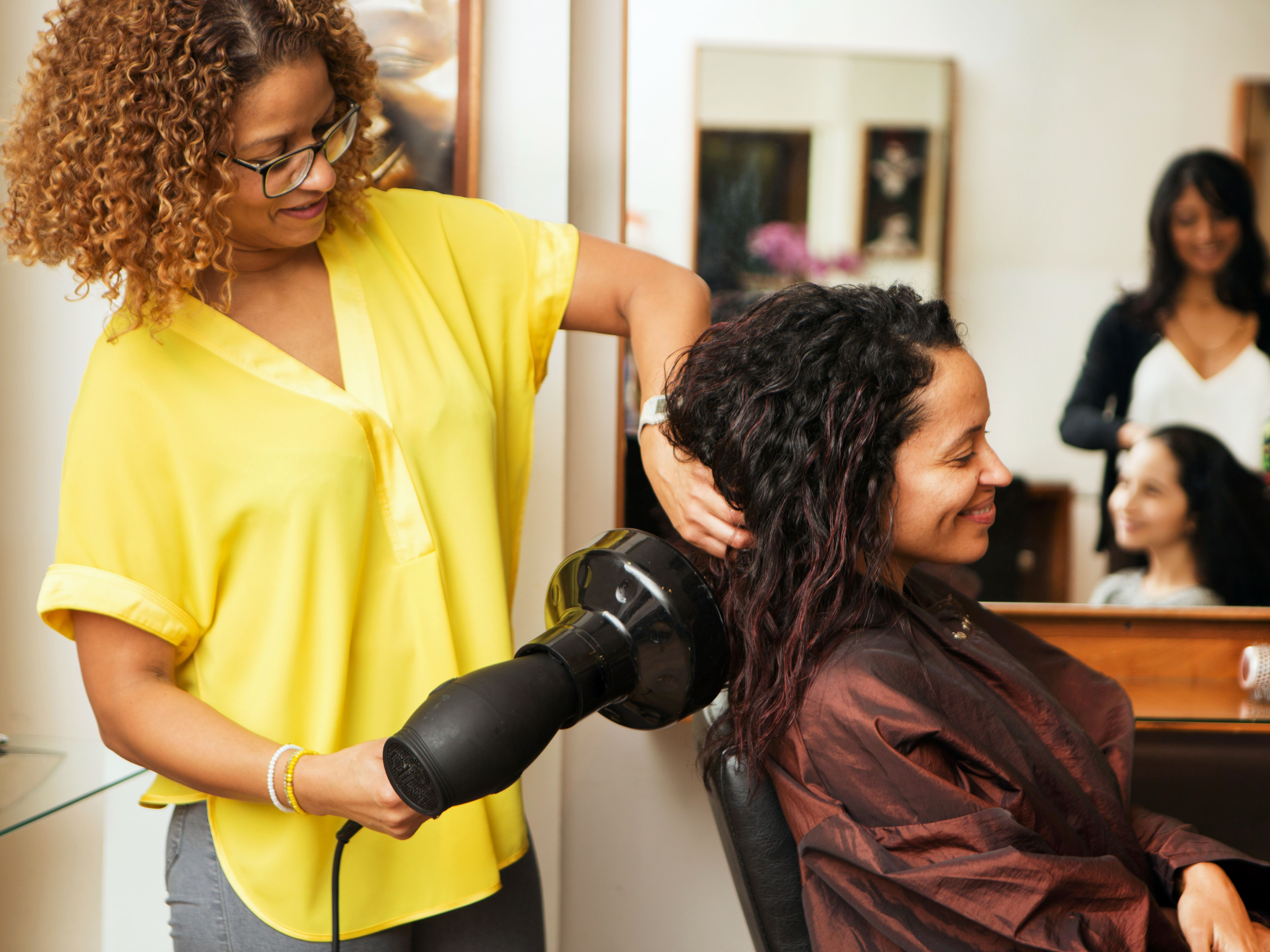 Career Planning How To Become A Hair Stylist
