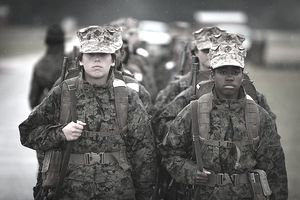 Women in the Marines in uniform