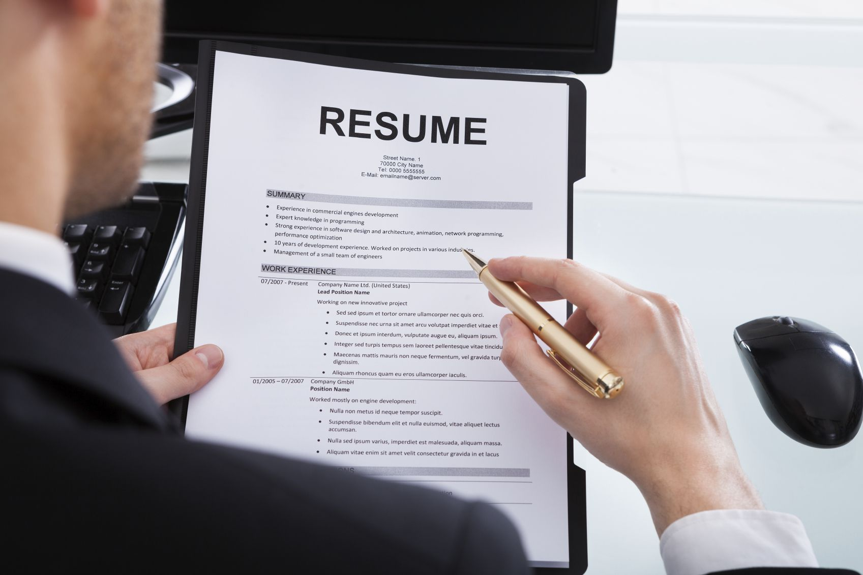 how to include bullet points in a resume