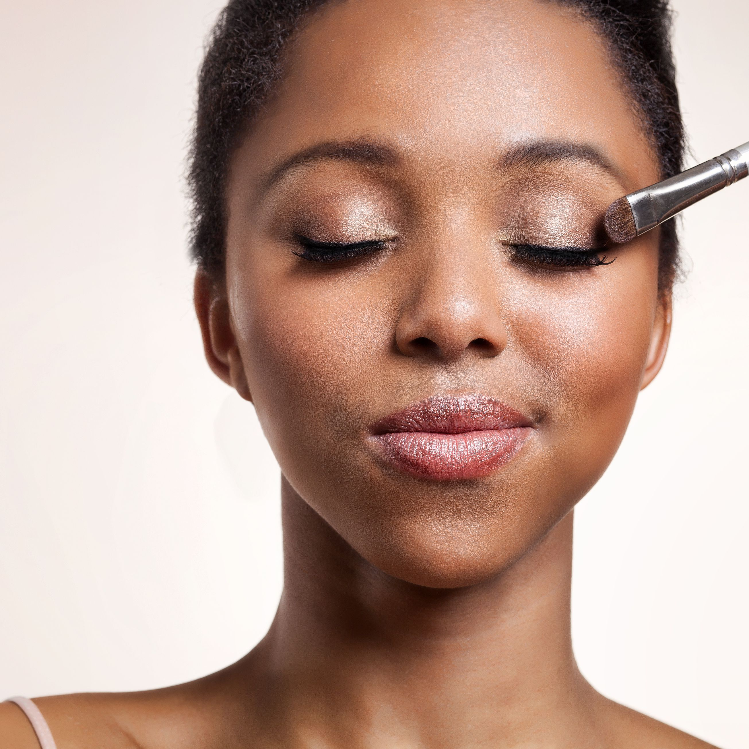 dfaeabc993c Job Interview Makeup Dos and Don'ts