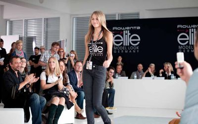 Can a Model Have More Than One Modeling Agency?