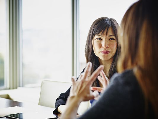 Two womens talking during a sales appointment