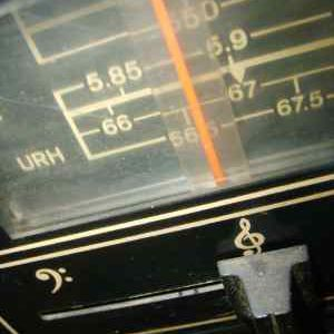 A photo of an old-fashioned radio dial