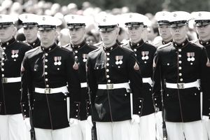 Solides of the US Marine Corps in line