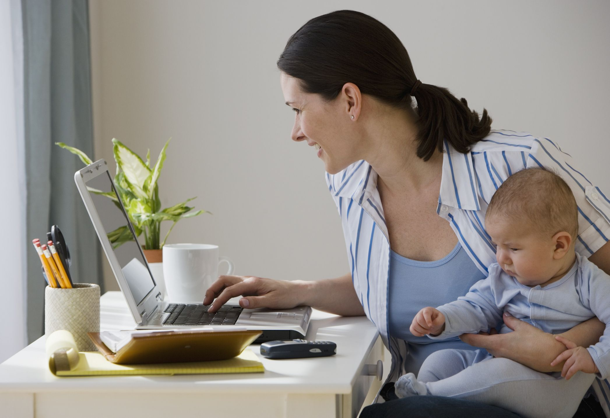 Resume Tips for Stay at Home Moms and Dads