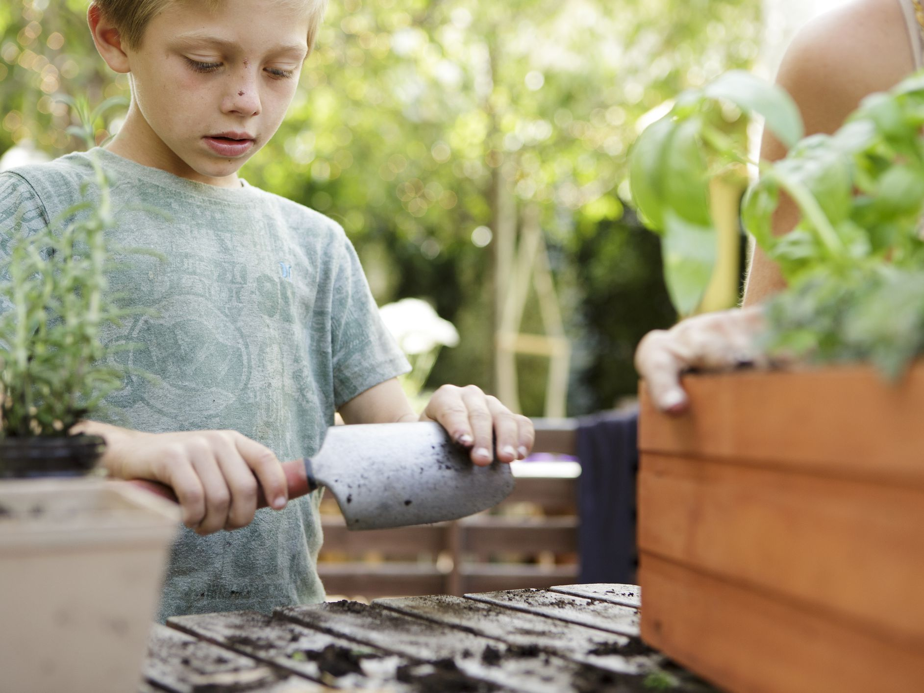 Age-Appropriate Jobs for 9-Year-Old Children