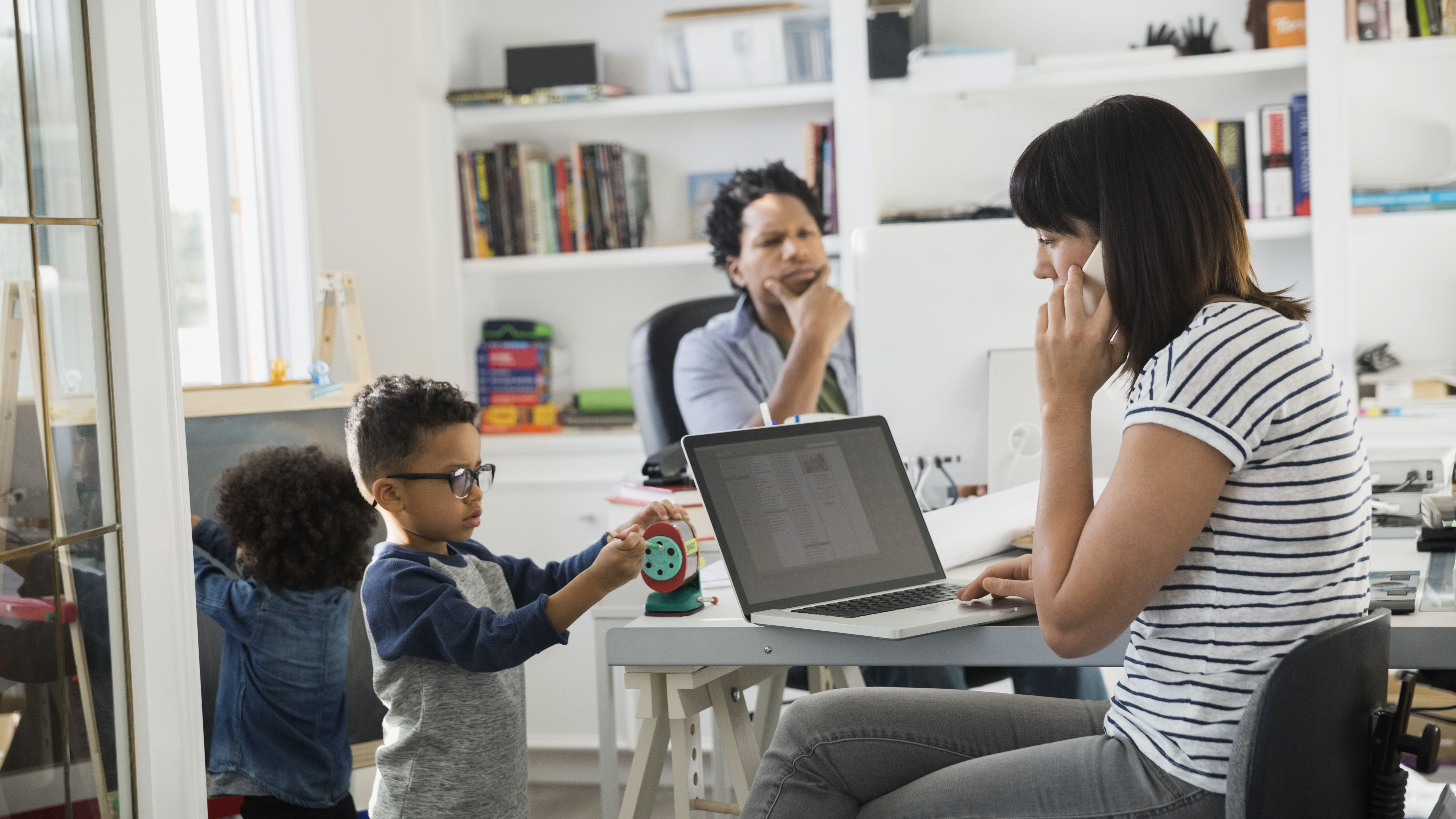 The Pros and the Cons of Both Parents Working