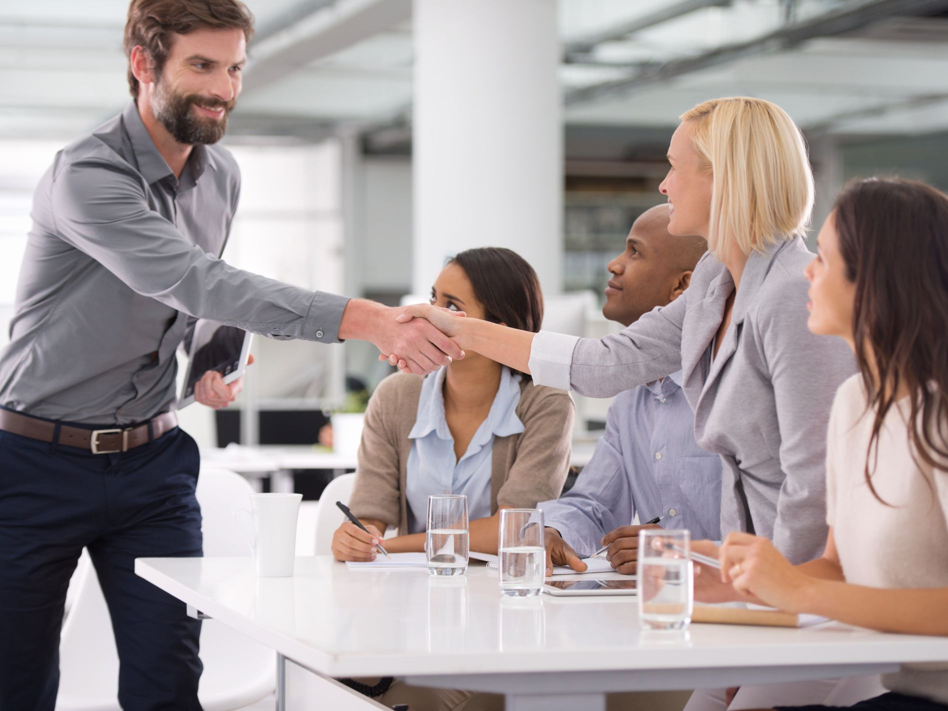 How to Make Your Business More Welcoming to Customers