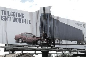 3-D billboards draw attention to the advertisement.