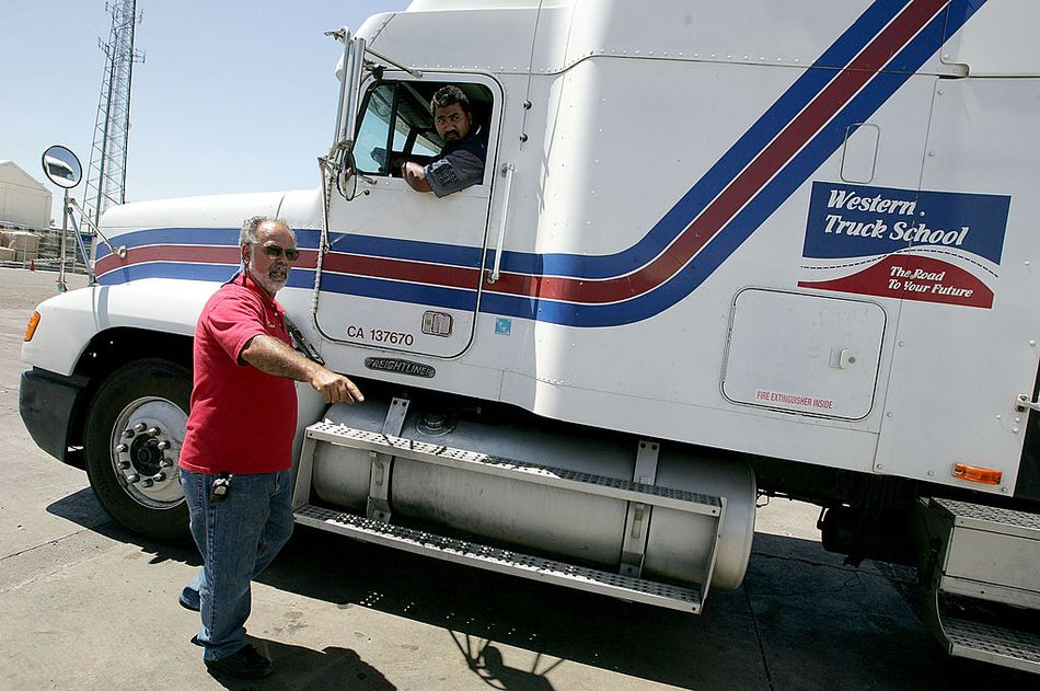 Trucking Industry Experiences Labor Shortage