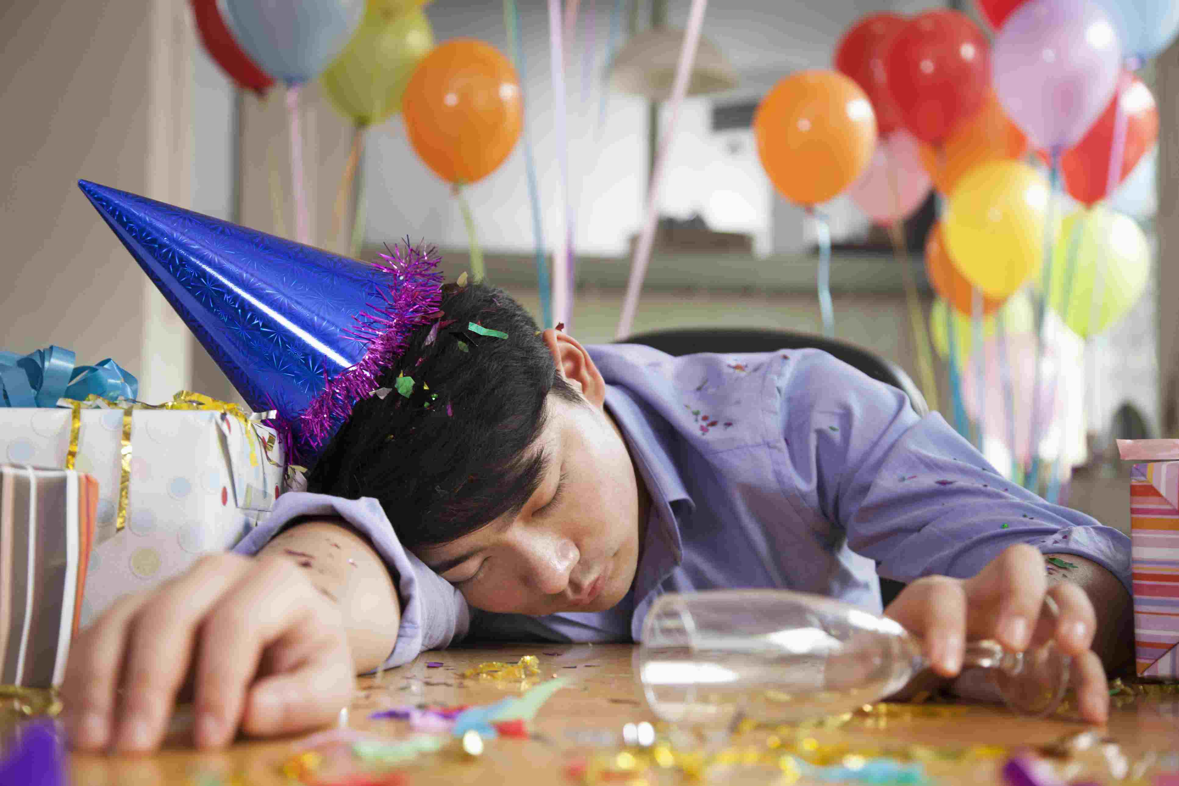 10 Tips for Workplace Party Etiquette