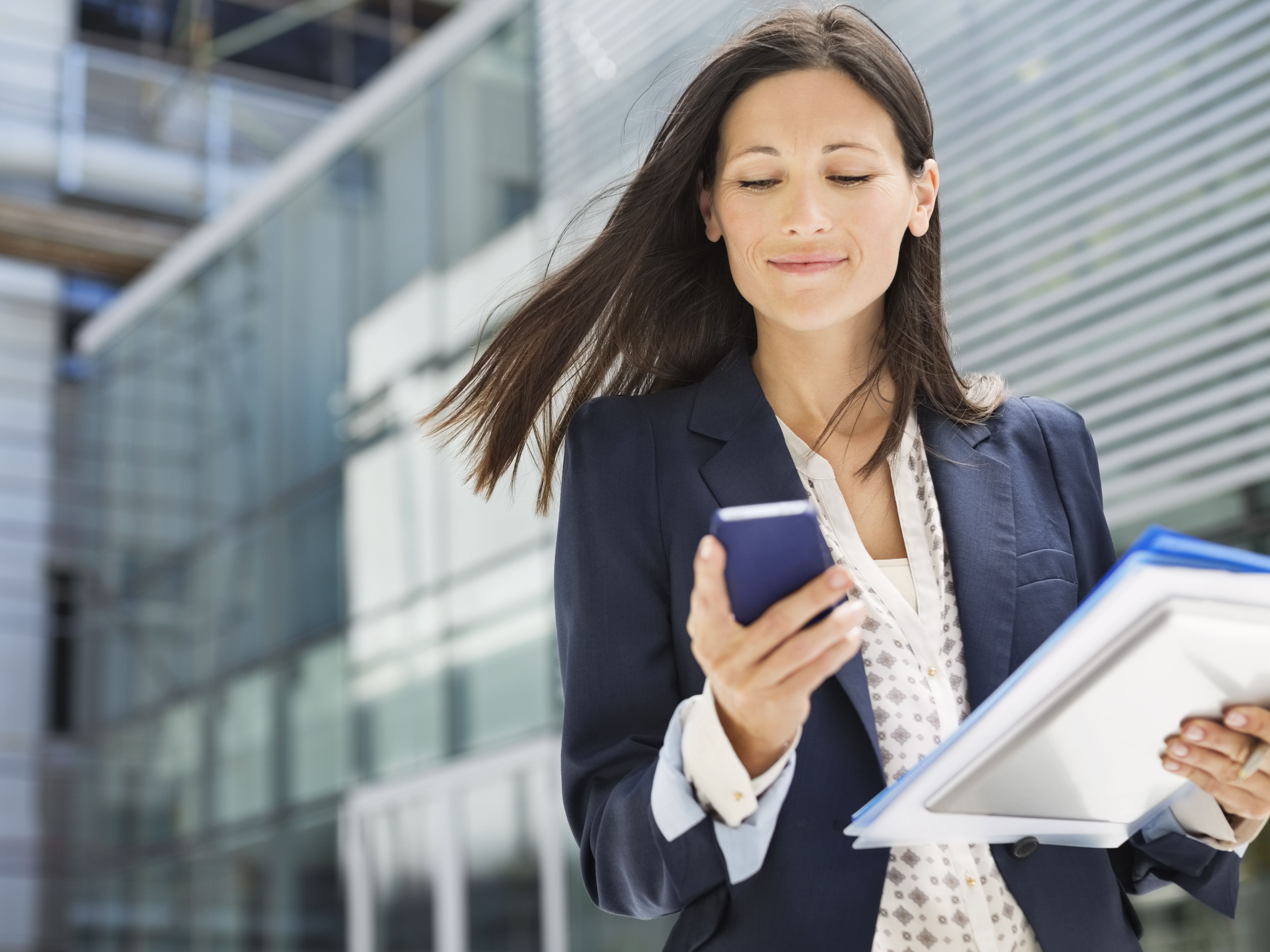Cell Phones at Work - Etiquette Tips