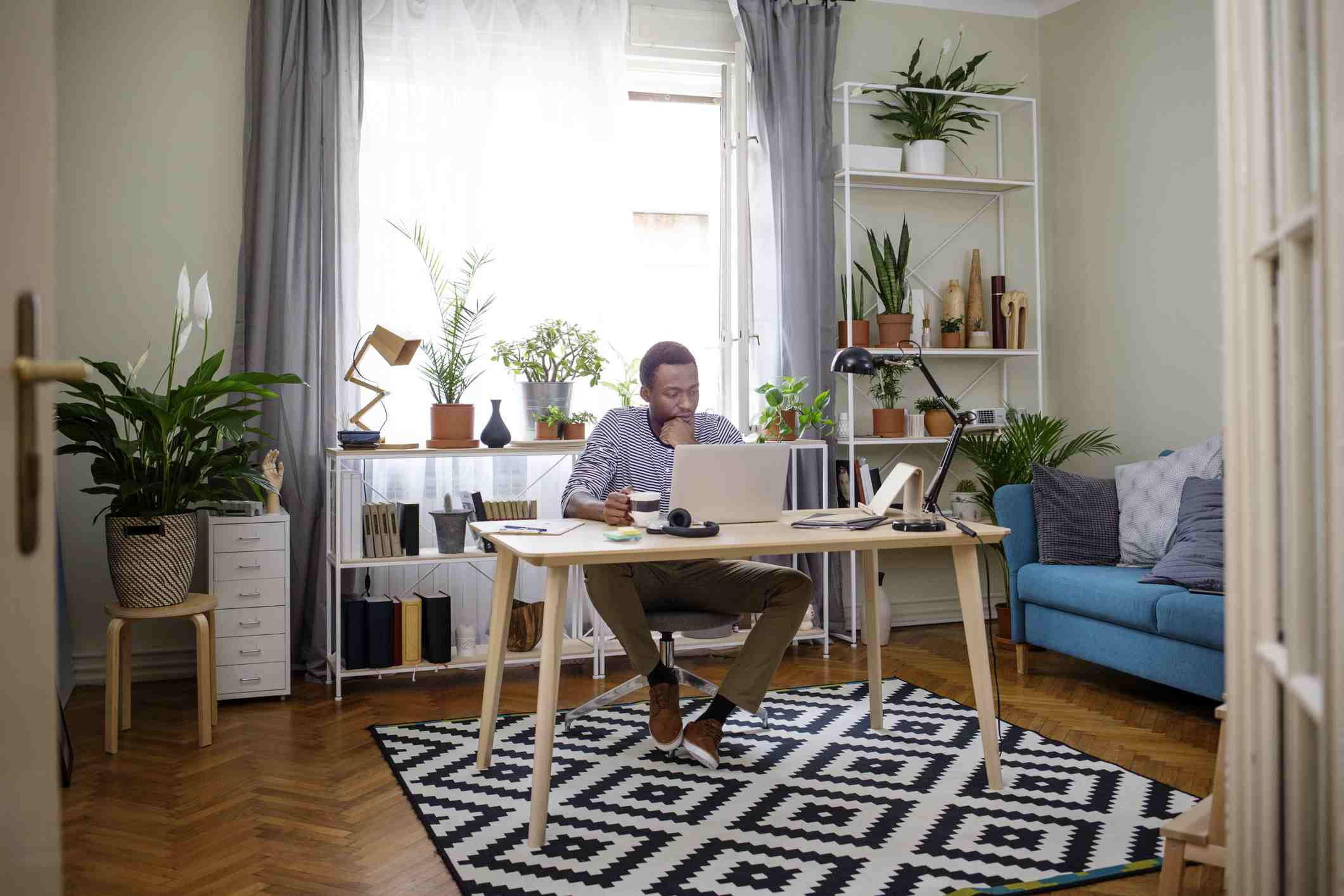7 Work-at-Home Ground Rules to Boost Your Productivity