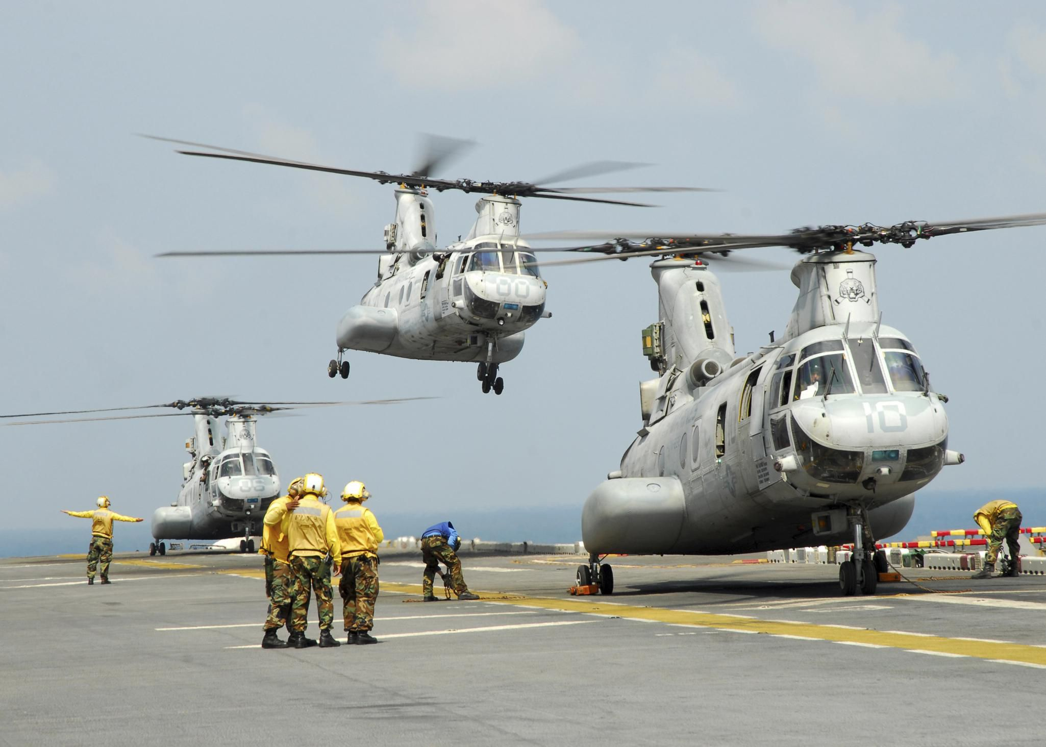 marine corps job  mos 6174 helicopter crew chief  uh