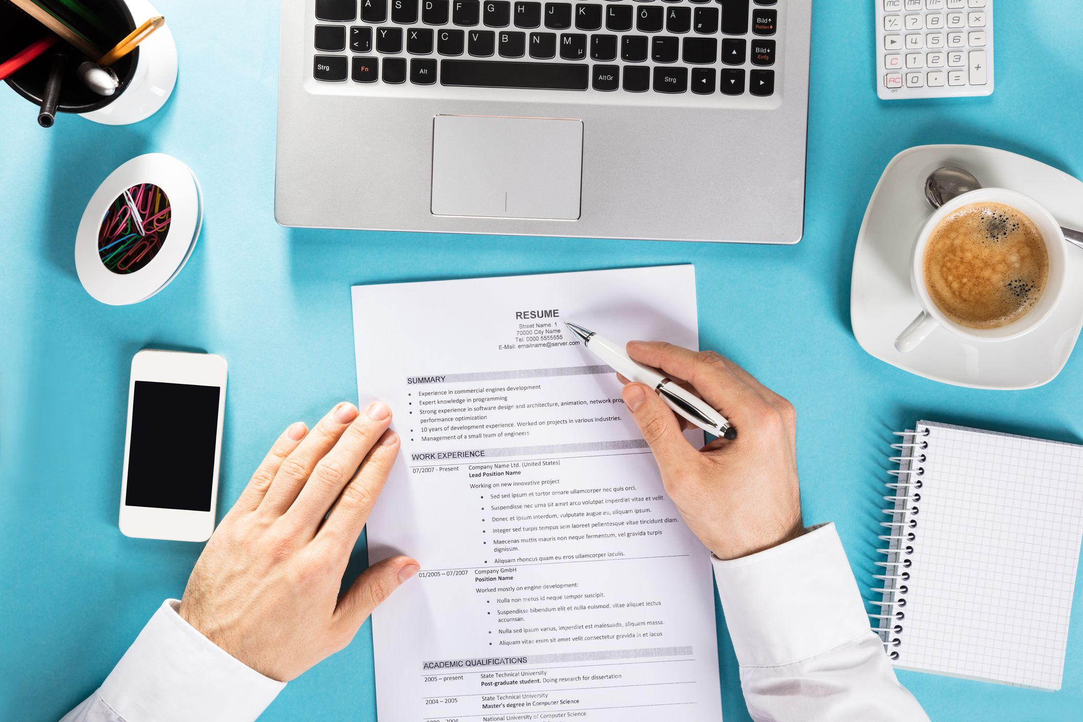 How to Put Together a Chronological Resume